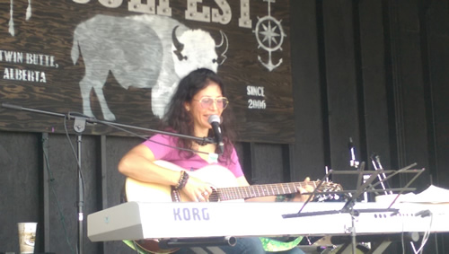 Rosanna D'Agnillo at Soul Fest again with original repertoire, a mix of piano and guitar